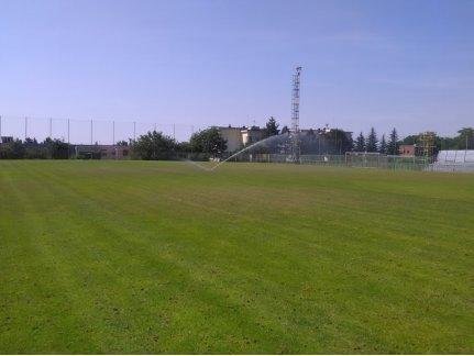 Seřízení postřikovačů na fotbalovém hřišti